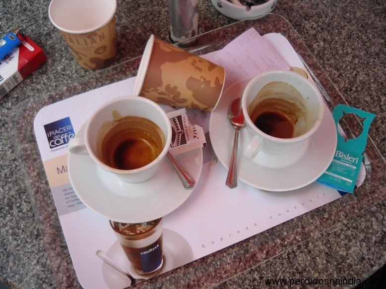 Tomar café é bom...