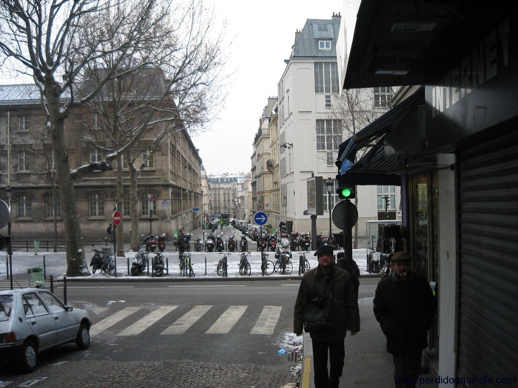 Indo para a Cathedral Sacre-Cours