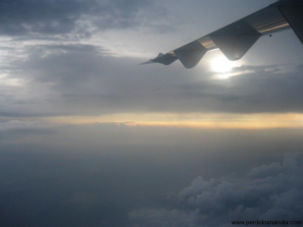 Amanhecer do avião