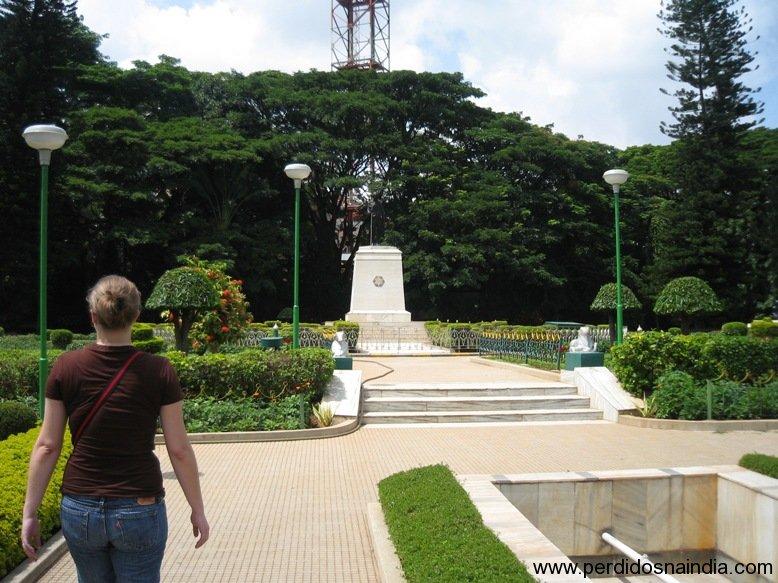 Praça e Carol